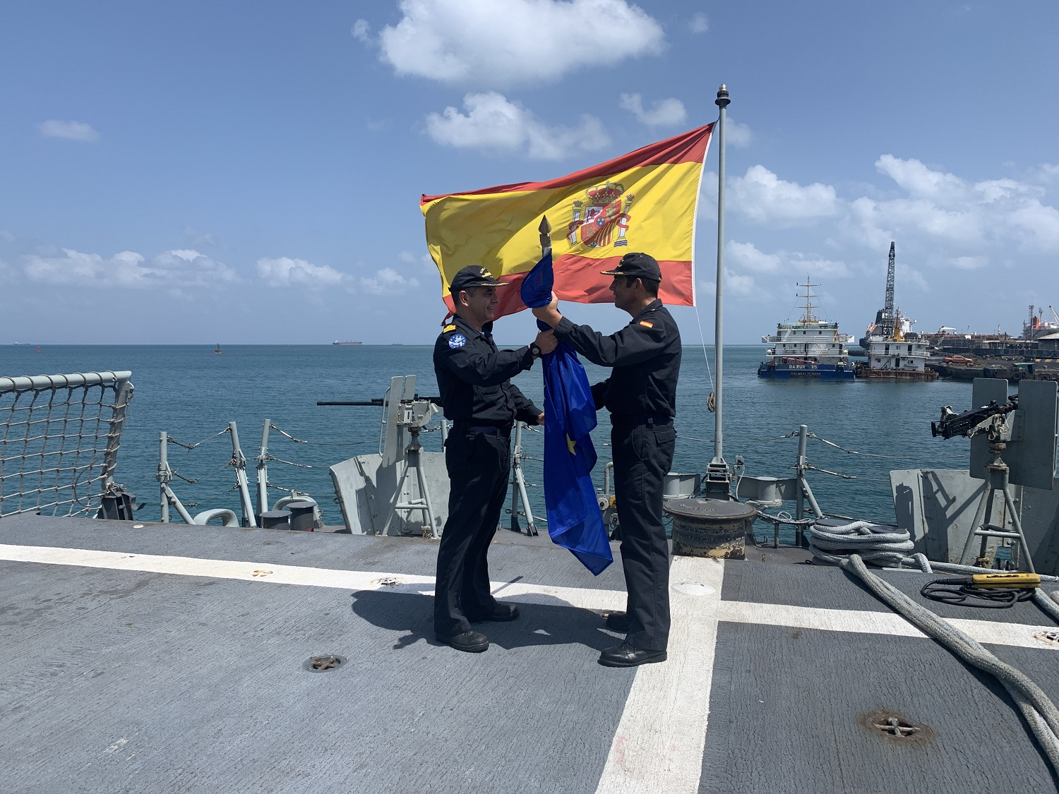 The frigate 'Numancia' takes over from 'Victoria' in Operation Atalanta