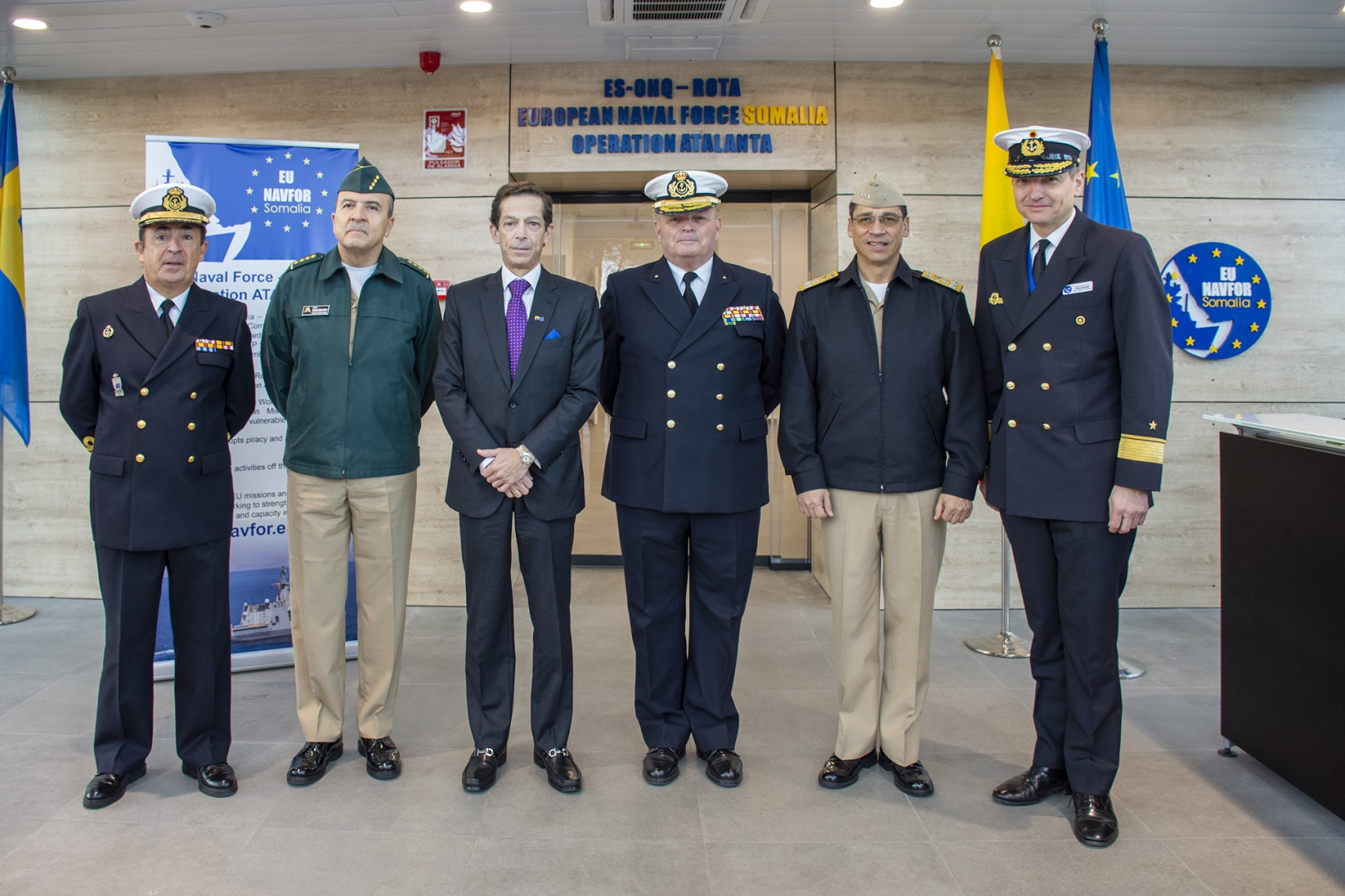 The Colombian ambassador in Brussels visits Operation Atalanta Headquarters