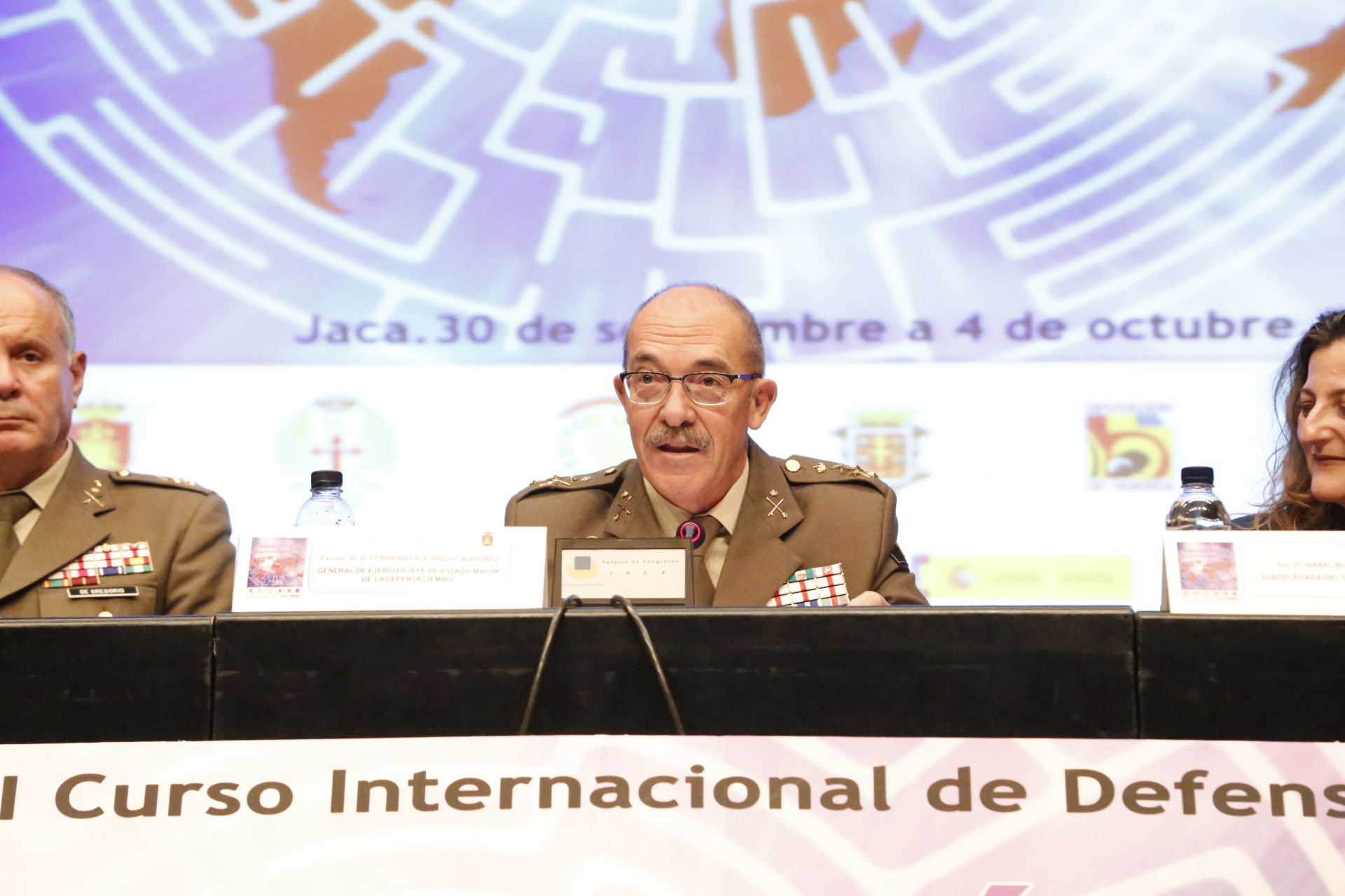 JEMAD closes the 27th International Defence Course in Jaca