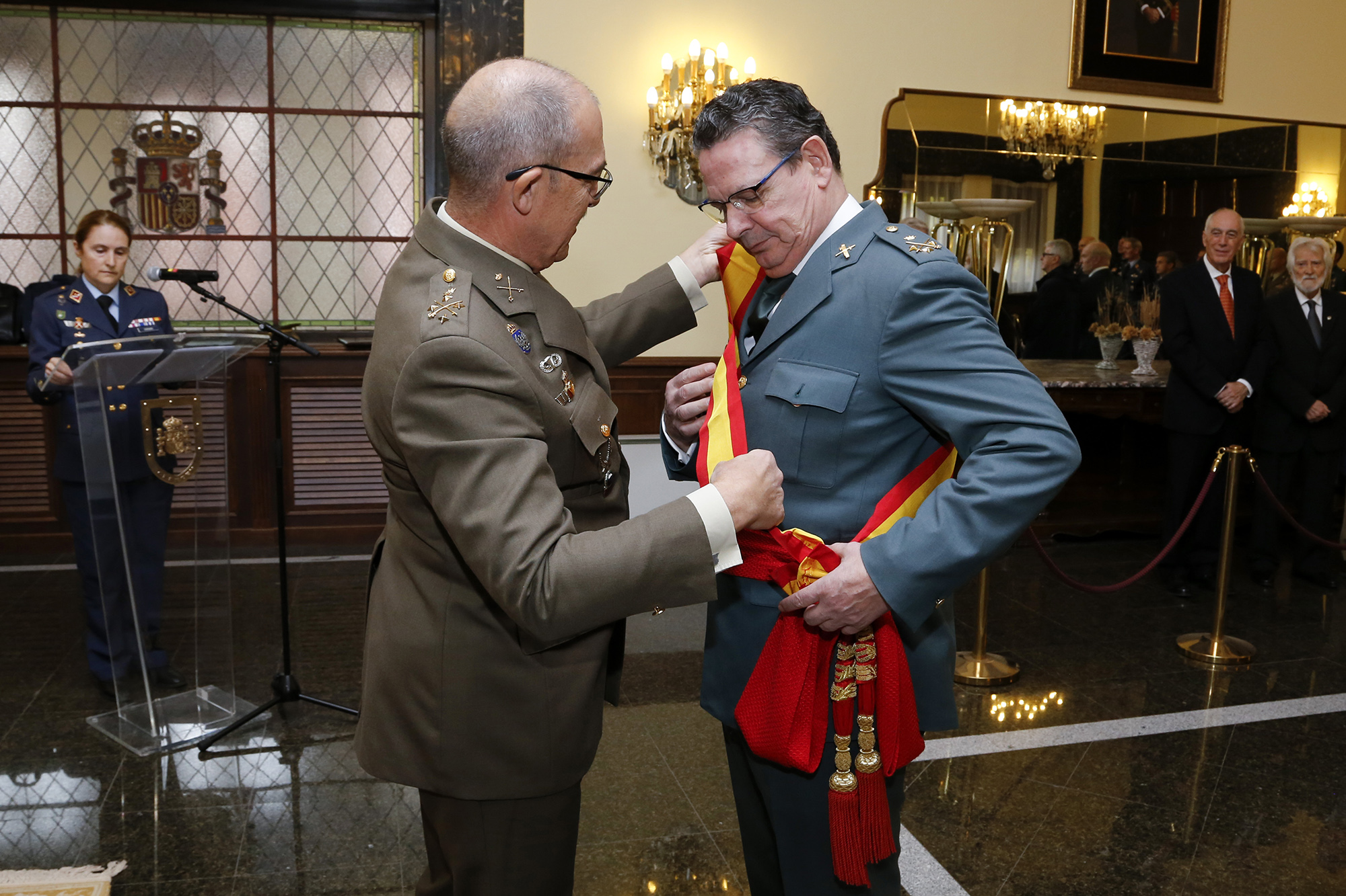 JEMAD awards the Grand Cross of Naval Merit to the Deputy Operational Director of the Spanish Civil Guard